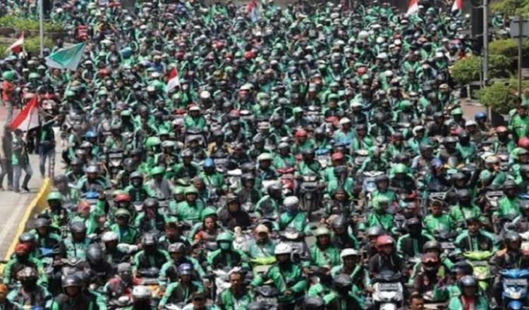 Ada Demo Ribuan, Jalanan di Surabaya Diperkirakan Macet