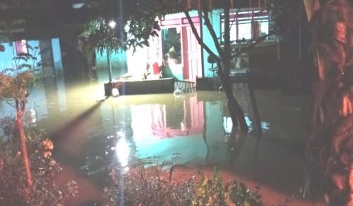 Akibat Hujan Deras, 10 Rumah Warga di Kabupaten Banyuwangi Tergenang Banjir