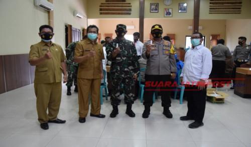 Cegah Penyebaran Covid-19 Dilingkungan Internal, TNI-POLRI Rapid Test di Gedung Bhayangkara Polres Pamekasan