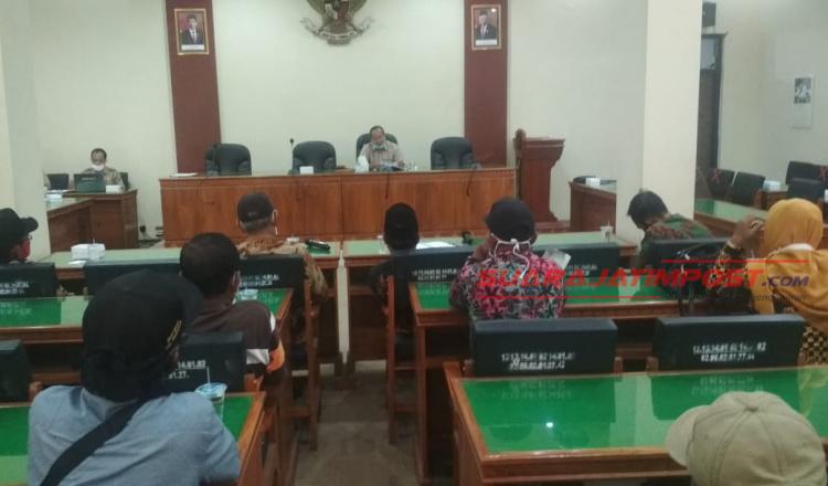 Pupuk Bersubsidi Langka, Puluhan Petani Kecamatan Munjungan Trenggalek Datangi Kantor Dewan