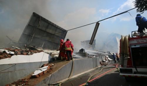 Begini Kronologi Kebakaran Hebat Gudang Popok Bayi di Malang