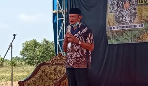 Tasyakuran Panen Raya, Cabup Yuhronur Efendi Ajak Masyarakat Disiplin Patuhi Protokol Kesehatan