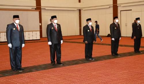 Lima Penjabat Sementara Walikota dan Bupati Dilantik Gubernur Maluku Utara