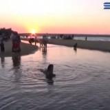 Berburu Eksotisme Sunset di Pantai Semilir Tuban