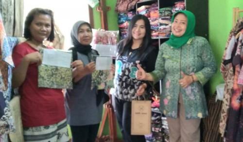 Batik Dewa Purworejo Serahkan Hadiah Kuis Peringatan HBN
