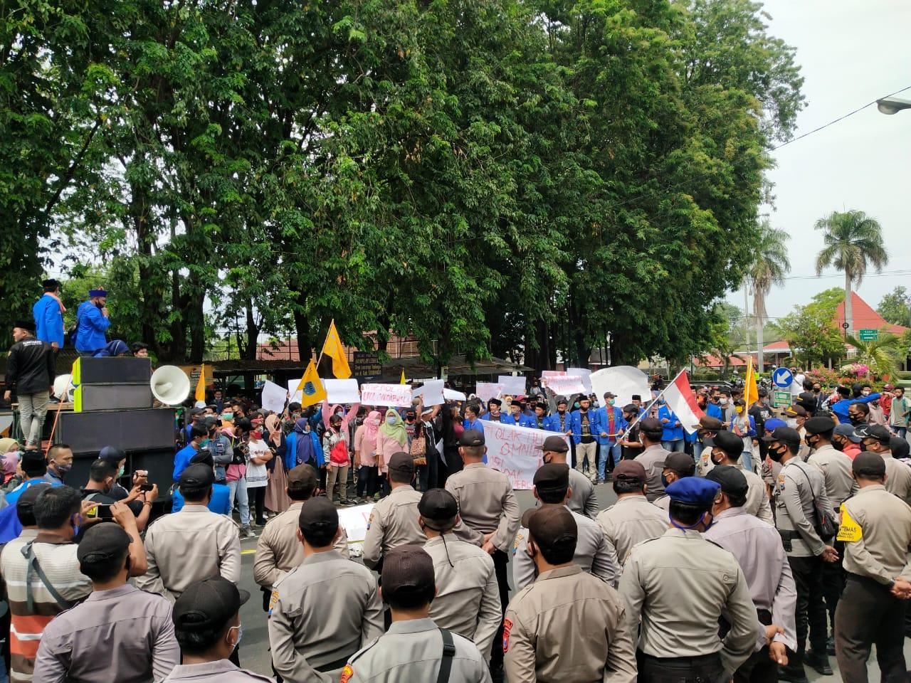 Tolak Omnibus Law UU Cipta Kerja, Demo PMII Diwarnai 3 Orang Penyusup