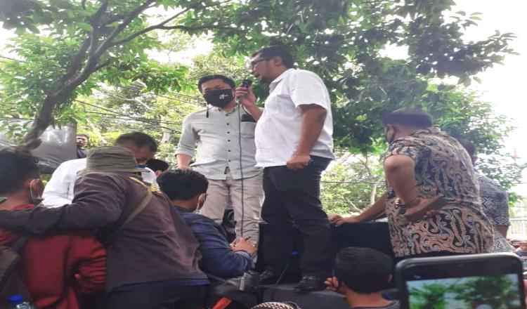 DPRD Banyuwangi Ambil Sikap, Siap Lanjutkan Tuntutan Mahasiswa ke DPR RI