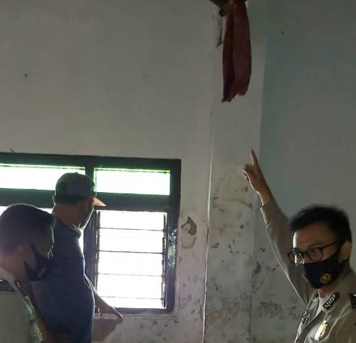 Pemuda Desa di Nguling Pasuruan Nekat Gantung Diri