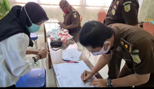 Tes Urine Dadakan di Kejari Kabupaten Pasuruan, Mengejutkan Para Jaksa