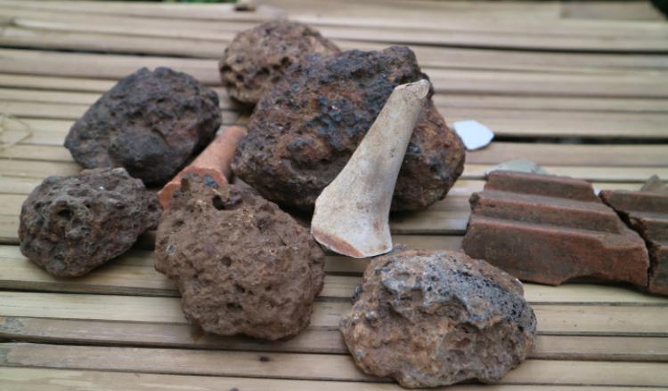 Benda Kuno dari Gerabah hingga Emas Peninggalan Kerajaan Singosari Ditemukan