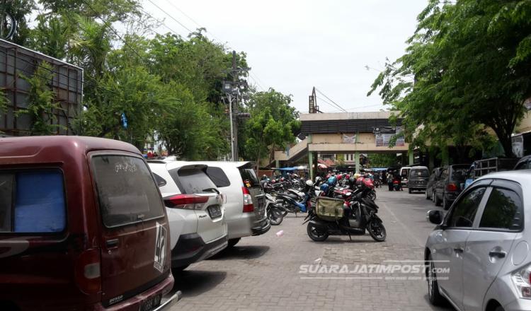 Motor Raib di Parkiran, Pengunjung Pasar Srimagunan Mengaku Heran