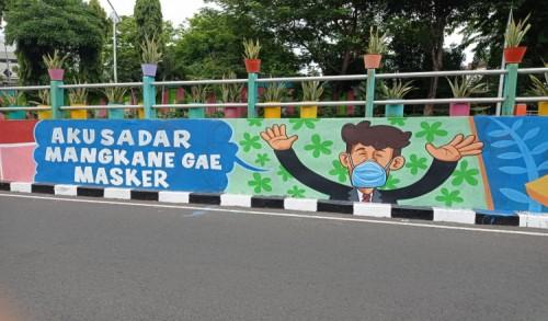 Pemkot Surabaya Kampanye Protokol Kesehatan Melalui Mural