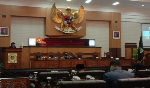 Tanggapi Pendapat Bupati, Fraksi DPRD Banyuwangi Sampaikan Jawaban atas Diajukannya Tiga Raperda