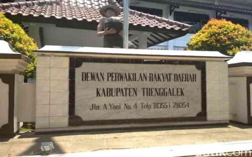 Dua PAW Anggota DPRD Trenggalek Dalam Proses