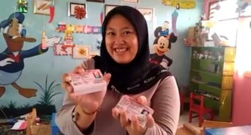 FPK Kabupaten Pasuruan Fasilitasi Penerbitan KIA dan Akte Kelahiran Keluarga Seniman