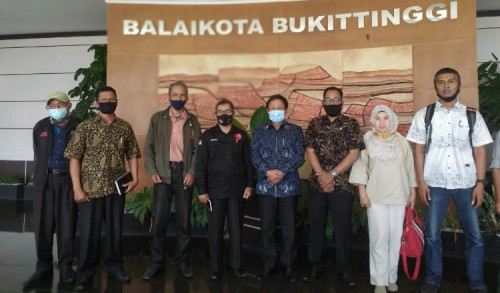 Pemko Bukittinggi Ajak Insan Pers Sosialisasikan Perda AKB, Begini Penjelasan Pjs Wako Zaenuddin