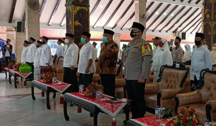 Pemkab Malang Peringati Hari Santri, Usung Tema Santri Sehat Indonesia Kuat