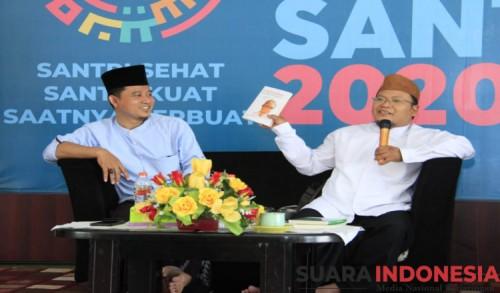 PC IPNU Banyuwangi Bedah Buku KH Moh Tolchah Mansoer: Biografi Profesor NU yang Terlupakan