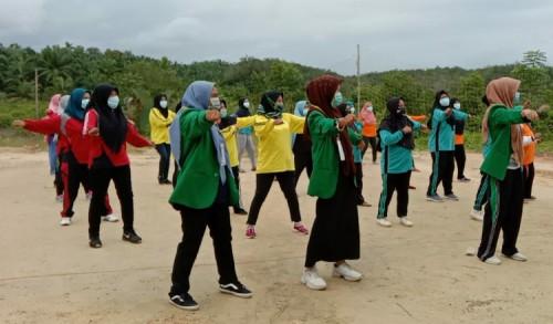 Tangkal Covid-19, Mahasiswa Unimal Hidupkan Budaya Senam