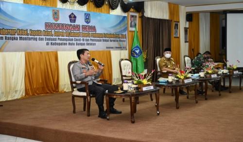Kapolda Kalsel Tinjau Tempat Karantina Covid-19 di Kabupaten HSS