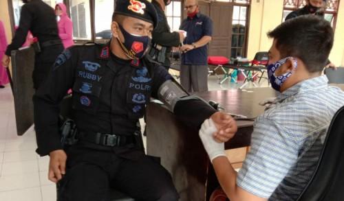 HUT Brimob 75, Batalyon B Pelopor Laksanakan Donor Darah