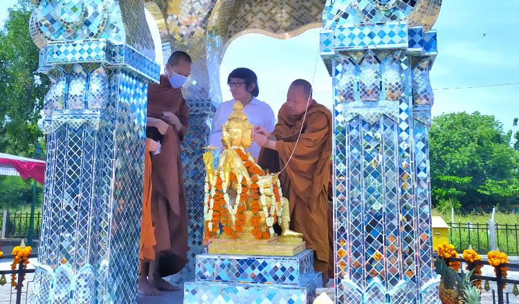 Patung Dewa Empat Wajah Dari Thailand Resmi Dibangun di Klenteng Tuban