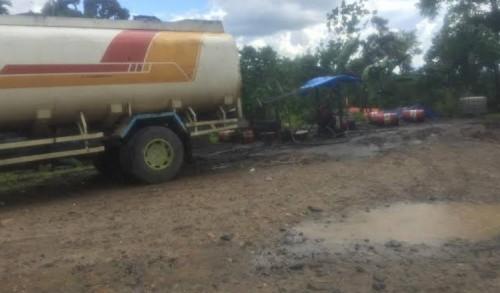 Seakan Luput dari Pantauan Aparat Hukum, Praktek Kencing CPO dan BBM Eksis di Inhu Riau