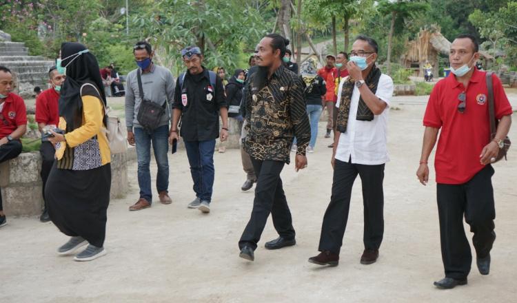 Rombongan Pemkab Gianyar Bali Studi Komparatif ke Wisata Setigi Gresik