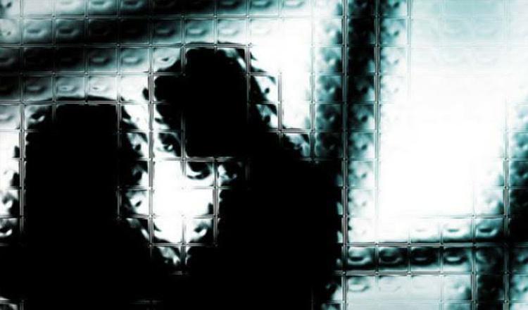 Waduh! Kasun di Jember Kepergok 'Gelap-Gelapan' di Kamar Rumah Perempuan Muda