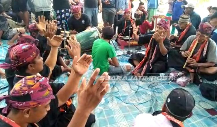Melihat Phojian Hodo, Tradisi Warga Pariopo Situbondo Memanggil Hujan