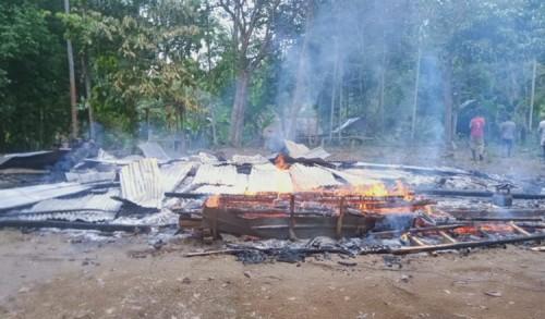 Rumah Berkonstruksi Kayu di Aceh Utara Ludes Terbakar