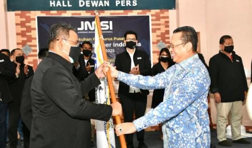 Lantik Pengurus JMSI Pusat, Bamsoet Ingatkan Bahaya Informasi Hoax