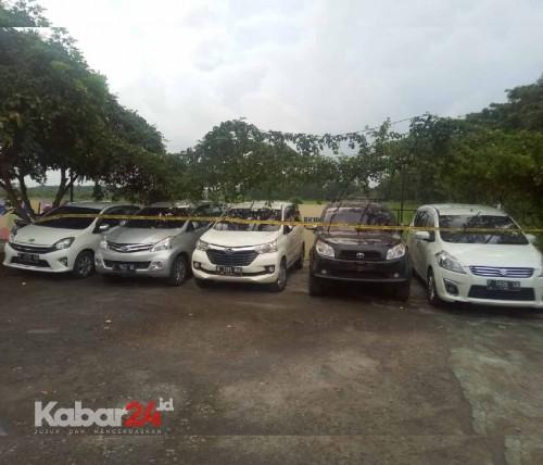 Gelapkan 8 Mobil Rental, Wanita Gumukmas Diringkus