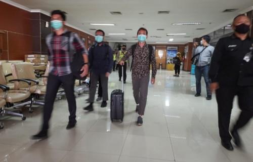 Kasus Dugaan Korupsi, KPK Geledah Ruang Anggota Fraksi Golkar  DPRD Jabar, Abdul Rozaq