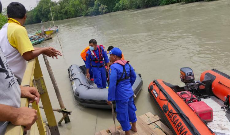 Lagi, Seorang  Pelajar Gresik Tenggelam di Sungai Kali Lamong