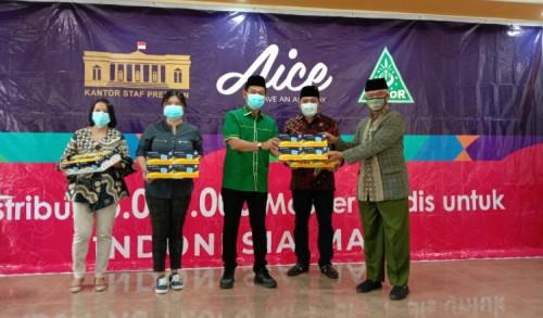 Gandeng GP Ansor, Aice Bantu 150 Ribu Masker Shield untuk Warga Kota Malang