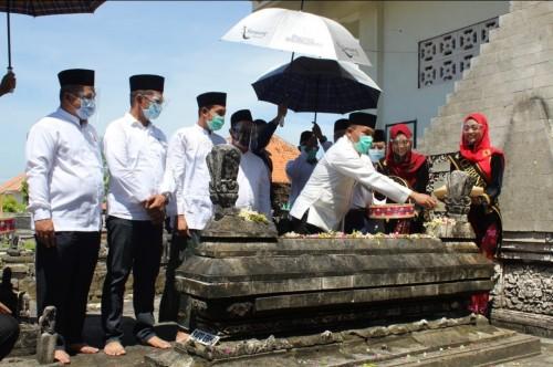 Hari Jadi Sampang Ke-397, Disporabudpar Siapkan Agenda Ziarah Ke Lima Makam Pababaran