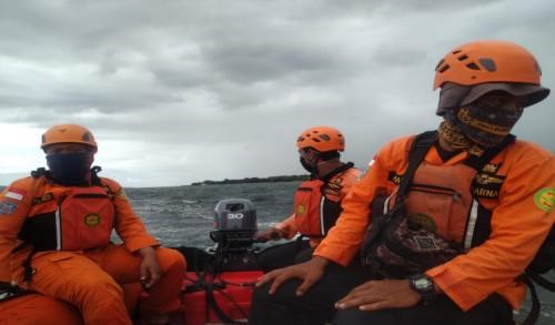 Hingga Hari Kelima, Pencarian Wisatawan Tenggelam di Pulau Tabuhan Banyuwangi Masih Nihil