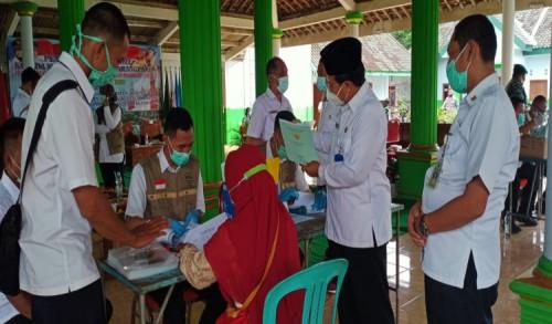 660 warga desa Karangpakis Kabuh Menerima Sertipikat dari Program PTSL