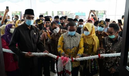 Wali Kota Ramlan Resmikan RSUD Bukittinggi