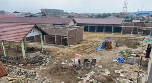 Pembangunan Puluhan Kios di Pasar Inpres Lhokseumawe Sarat KKN