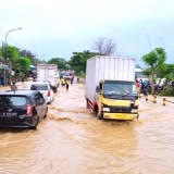 Jalan Pantura Tuban-Pakah Sering Dilanda Banjir. Ini Penyebabnya