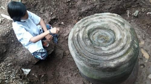 Misterius, Batu Silindris Temuan Banyuglugur Situbondo