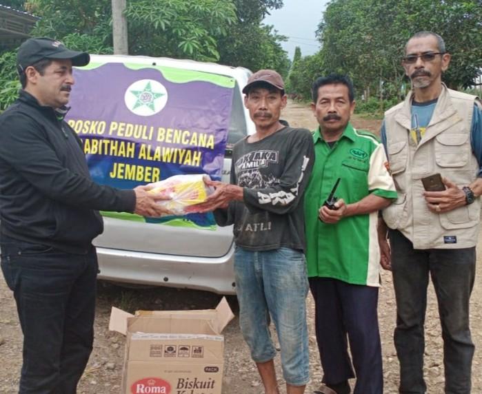 Rabithah Jember Bantu Korban Banjir