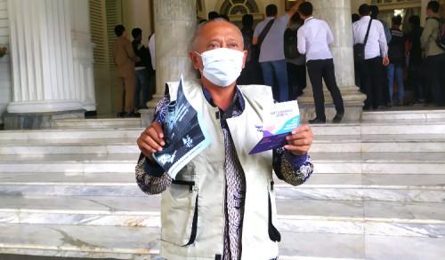 Vaksinasi Perdana di Tuban, Miyadi: Vaksin Ini Aman dan Tidak Sakit