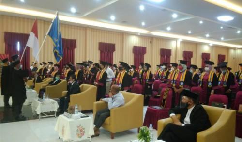 UPMI Gelar Acara Wisuda di Tengah Covid-19, Rektor : Hormati Orang Tua