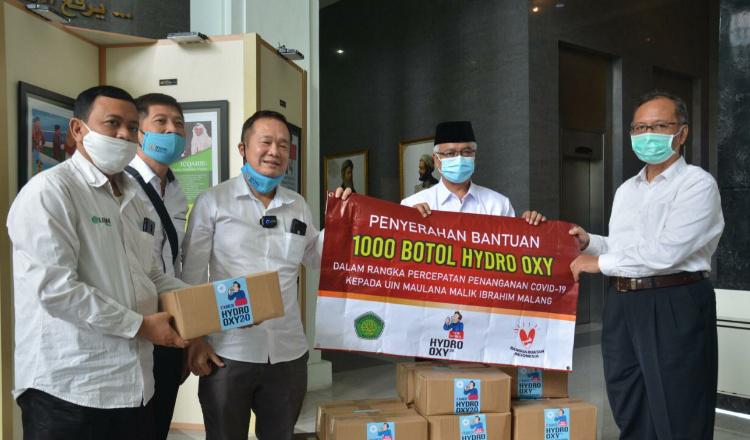 Tanggulangi Covid-19, PT DMOB Berikan 1000 Botol Hydro Oxi untuk UIN Malang