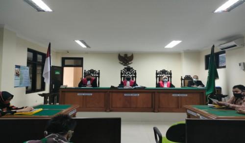 Kuasa Insidentil dari Mad Jadid Serahkan Alat Bukti Terkait Sidang Gugatan PMH di PN Purworejo