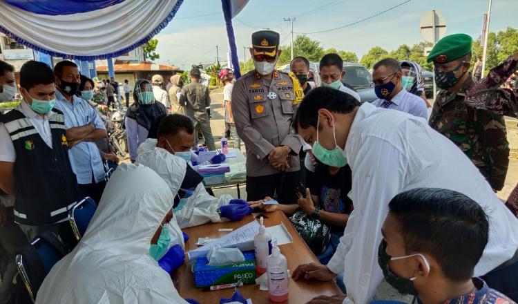 Razia Gabungan, Pelanggar Prokes di Lhokseumawe Dilakukan Rapid Test Antibodi