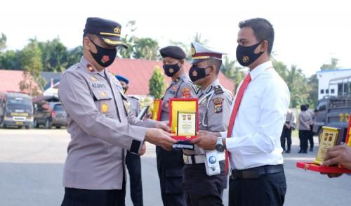 Berhasil Ungkap 15 Kilogram Sabu, 23 Personel Polres Aceh Utara Diberi Penghargaan